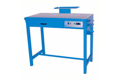Picture of Enamels working bench